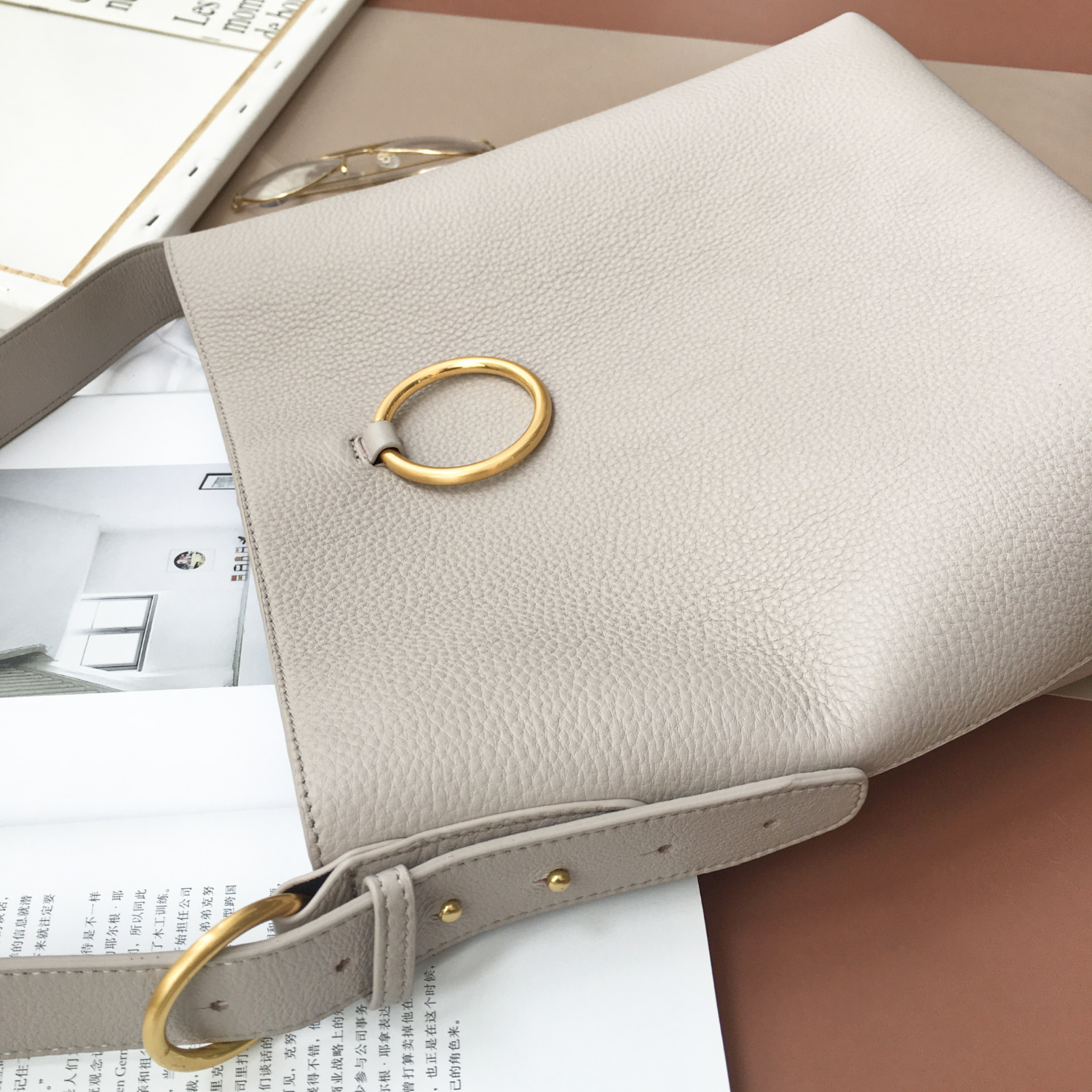 Light Grey Soft Genuine Leather Shoulder Bag Barrel Bag LH2738